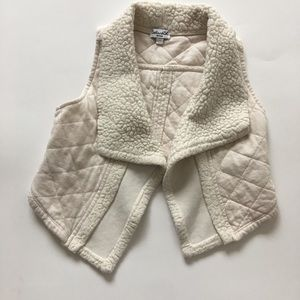 4/$25 Splendid 18/24M Cream White Vest
